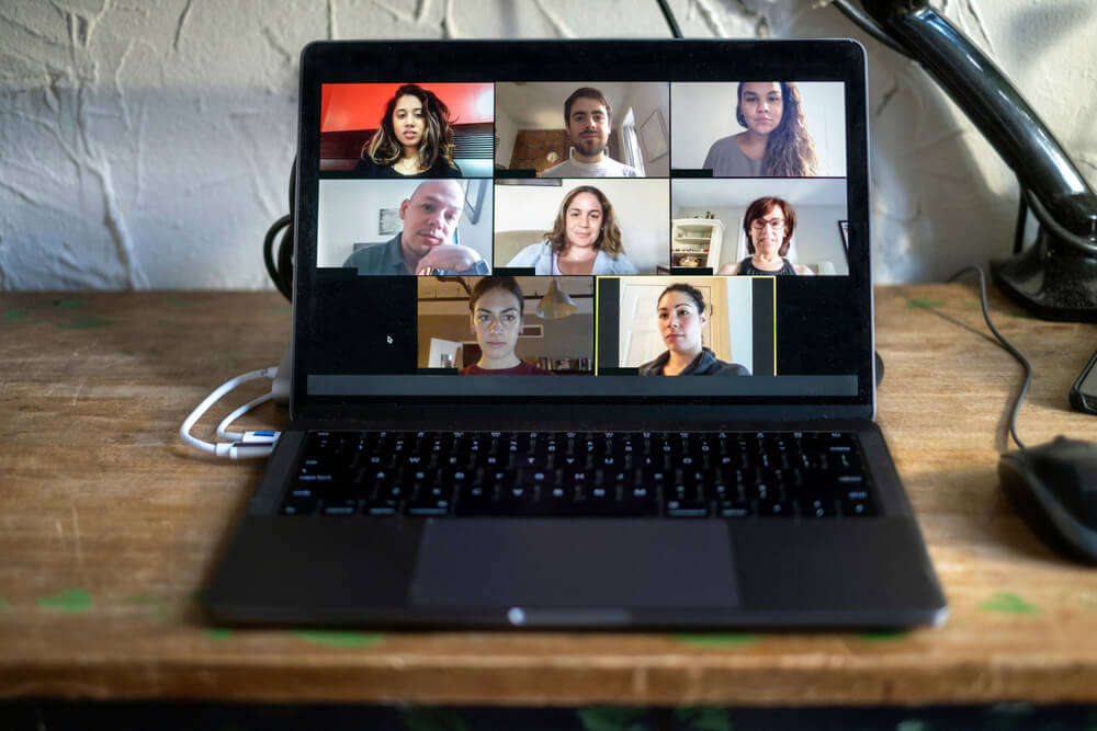 Zoom vs MiTeam Meetings: What is the Best Video  Conferencing Software for your Business?